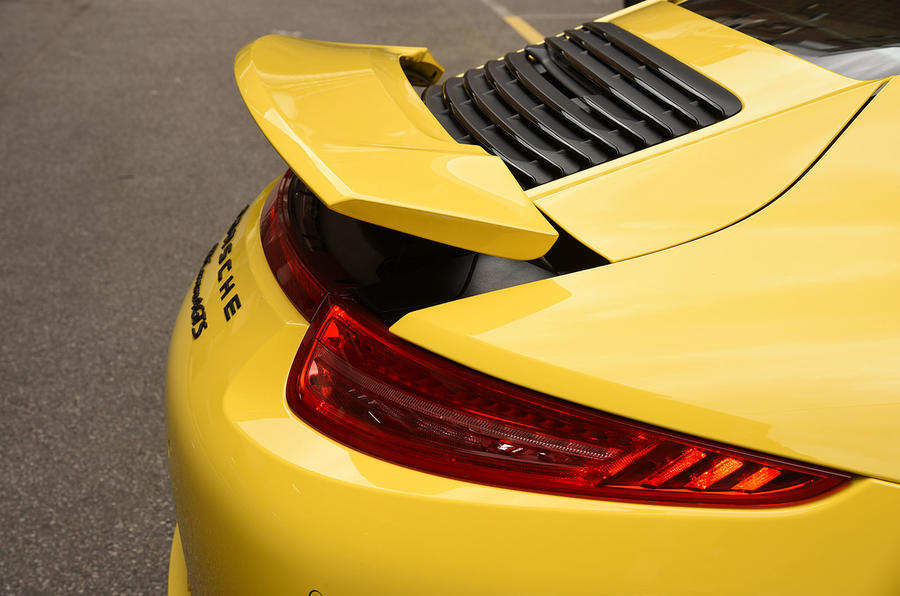 Porsche 911 ducktail rear wing