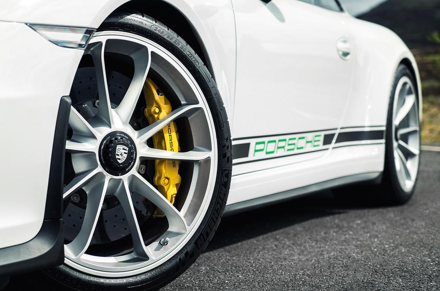 Porsche 911 R alloys