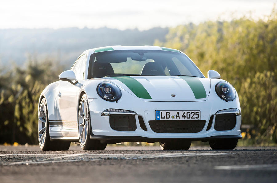 5 star Porsche 911 R