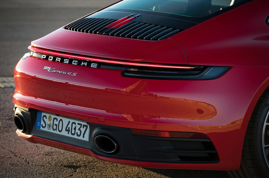 Porsche 911 Carrera 4S 2019 review - rear end