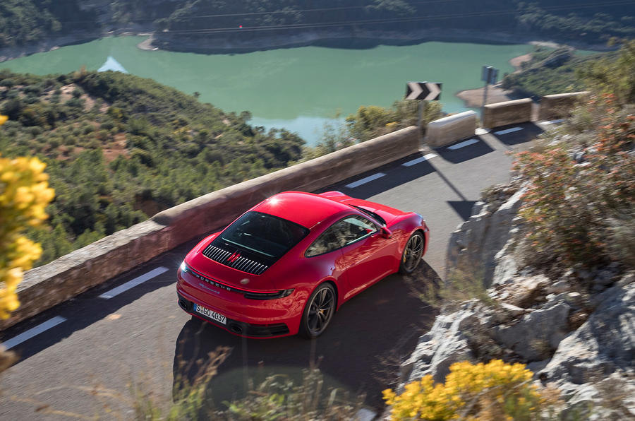 Porsche 911 Carrera 4S 2019 review - driving