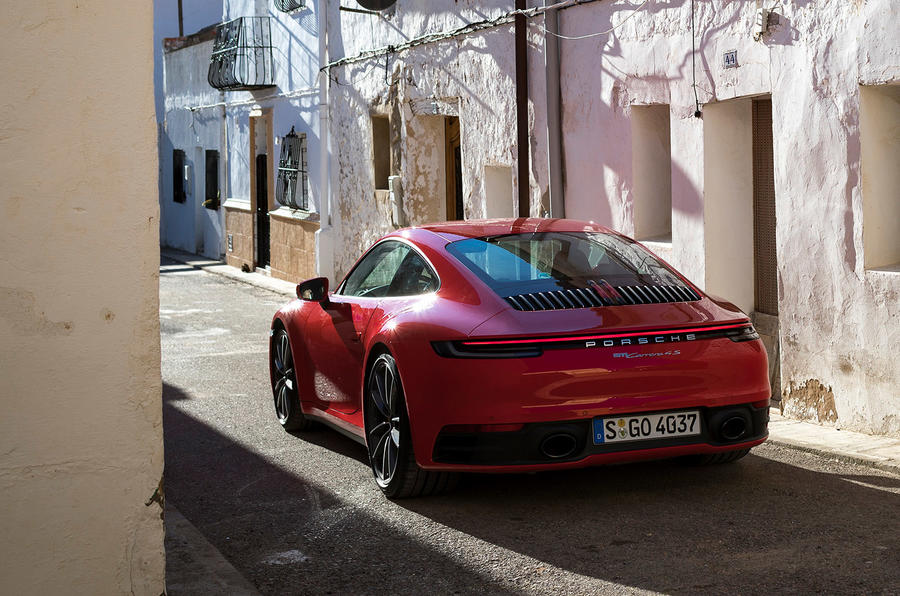 Porsche 911 Carrera 4S 2019 review - hero static