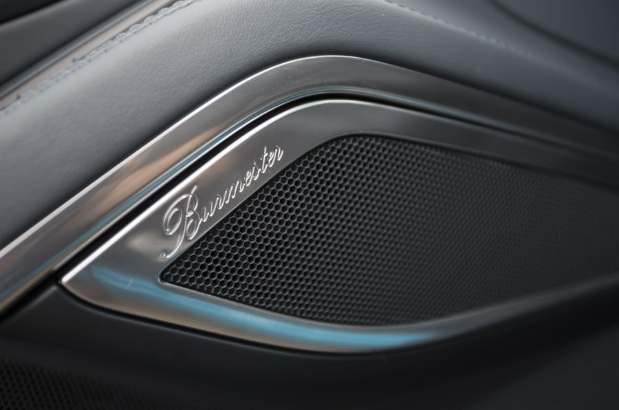 Porsche 911 Burmester speakers
