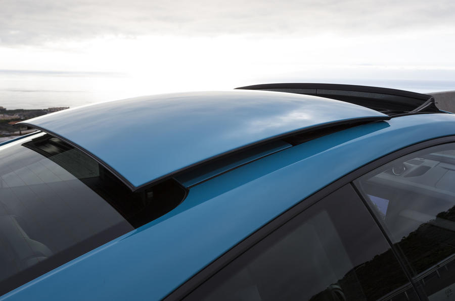 Porsche 911 Carrera S sunroof