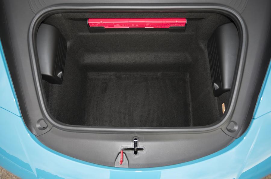 Porsche 911 boot space