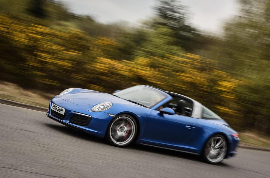 Porsche 911 Targa 4S cornering