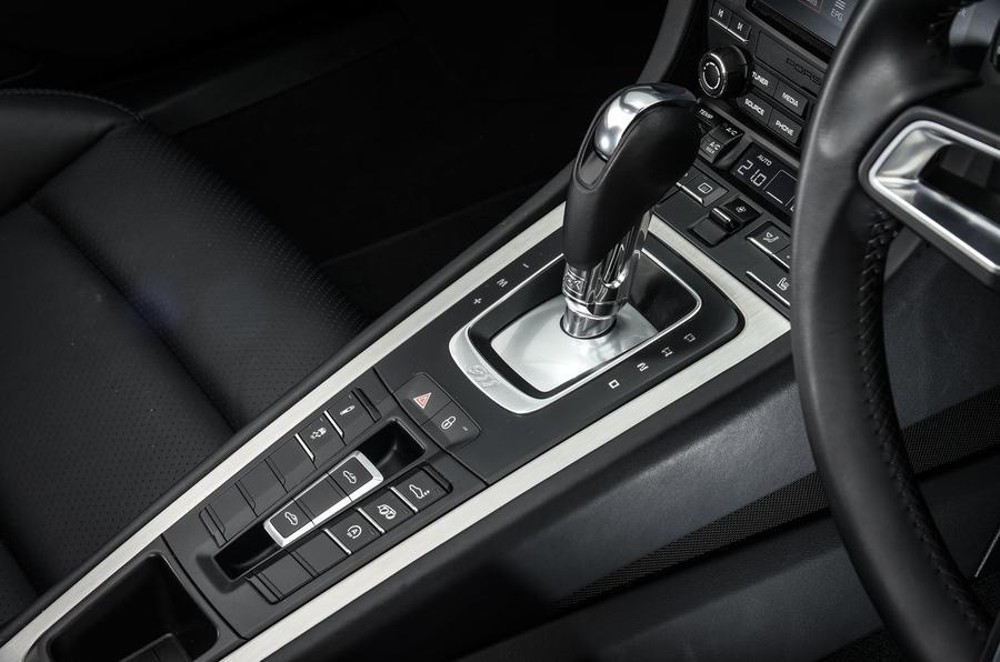 Porsche 911 Targa 4S PDK gearbox