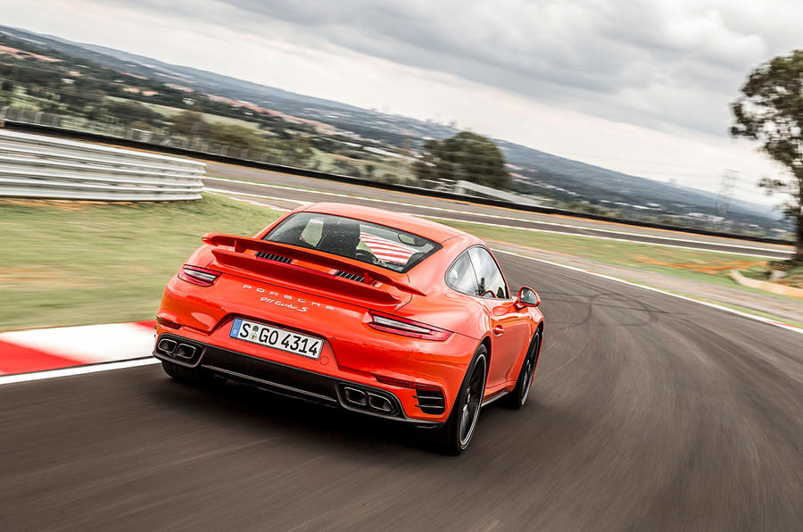 Porsche 911 Turbo S rear cornering