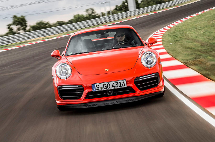 Porsche 911 Turbo S cornering