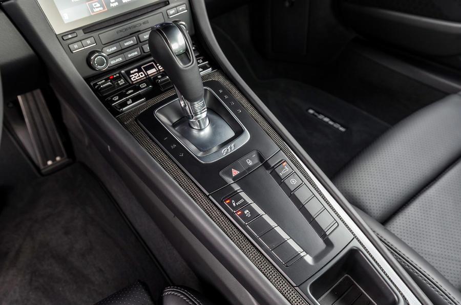 Porsche 911 Turbo S PDK gearbox