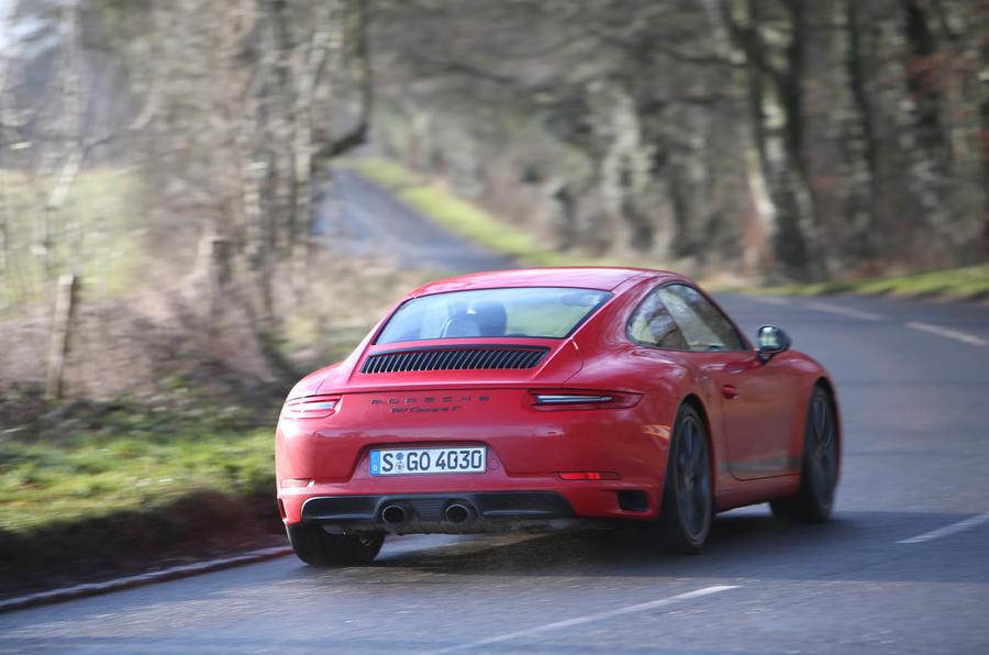 Porsche 911 Carrera T rear