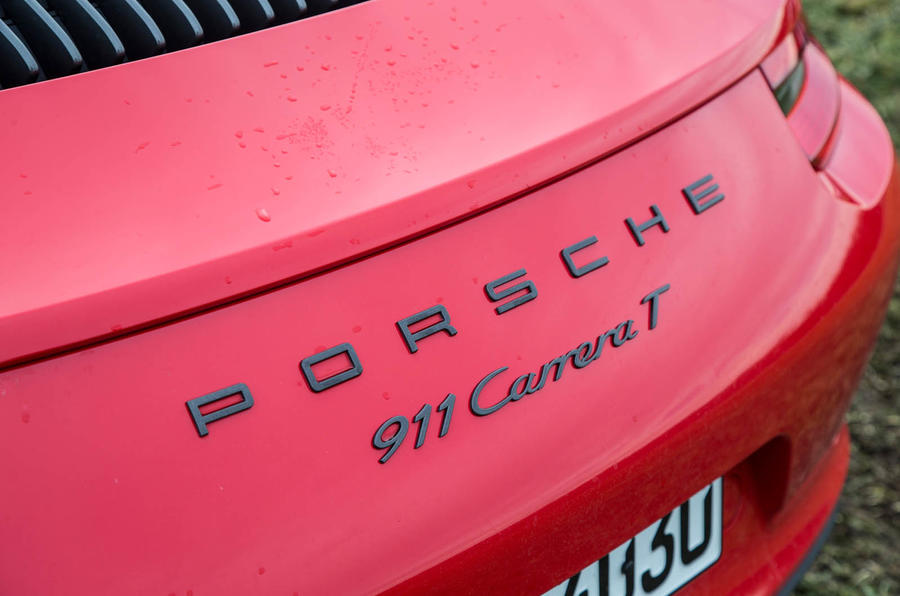 Porsche 911 Carrera T badging