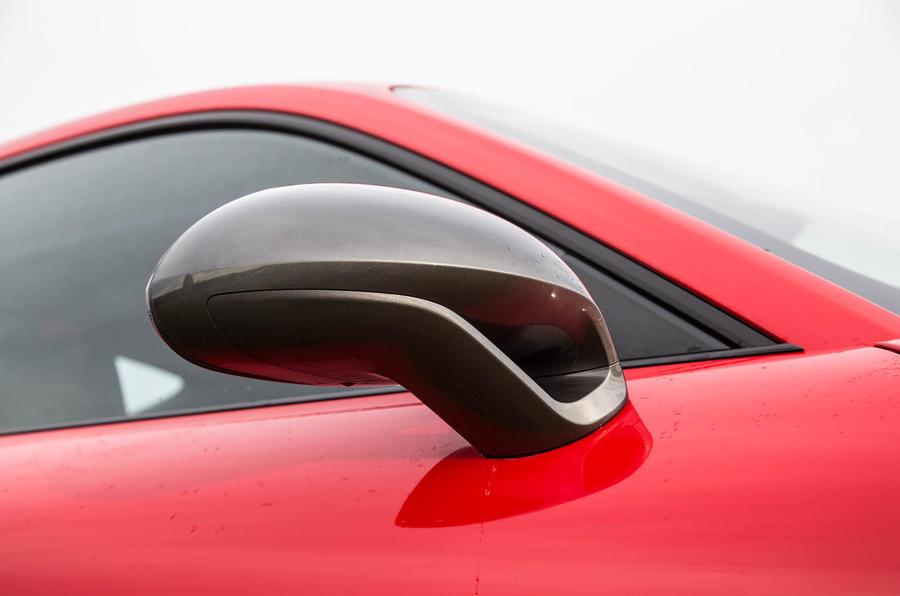 Porsche 911 Carrera T wing mirror