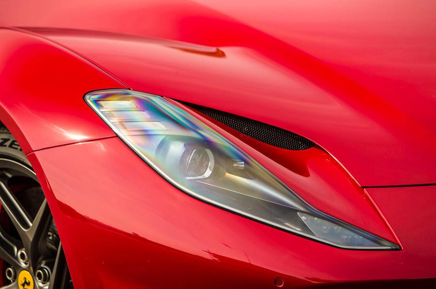 Ferrari 812 Superfast headlights