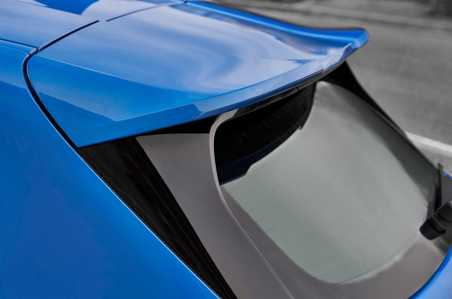BMW 1 Series 2019 official reveal - rear spoiler