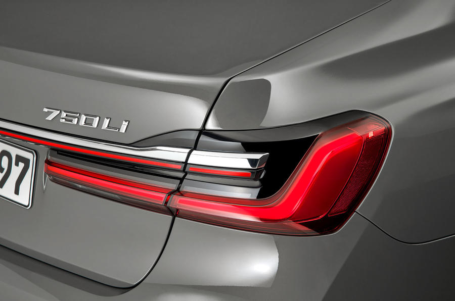 2019 BMW 7 Series official reveal - rear lights
