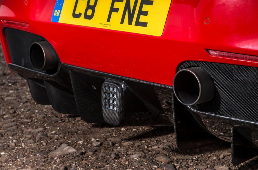 Ferrari 488 GTB rewind - exhausts