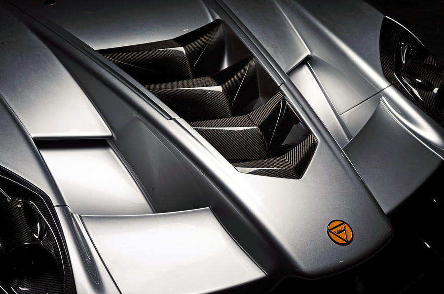 Ginetta supercar reveal exclusive pictures - bonnet vents