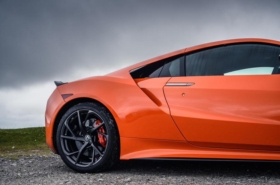 Honda NSX hybrid supercar feature - alloy wheels