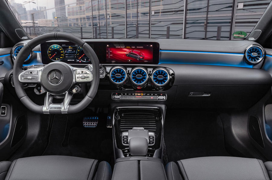 Mercedes-AMG A35 Saloon 2019 official reveal - dashboard