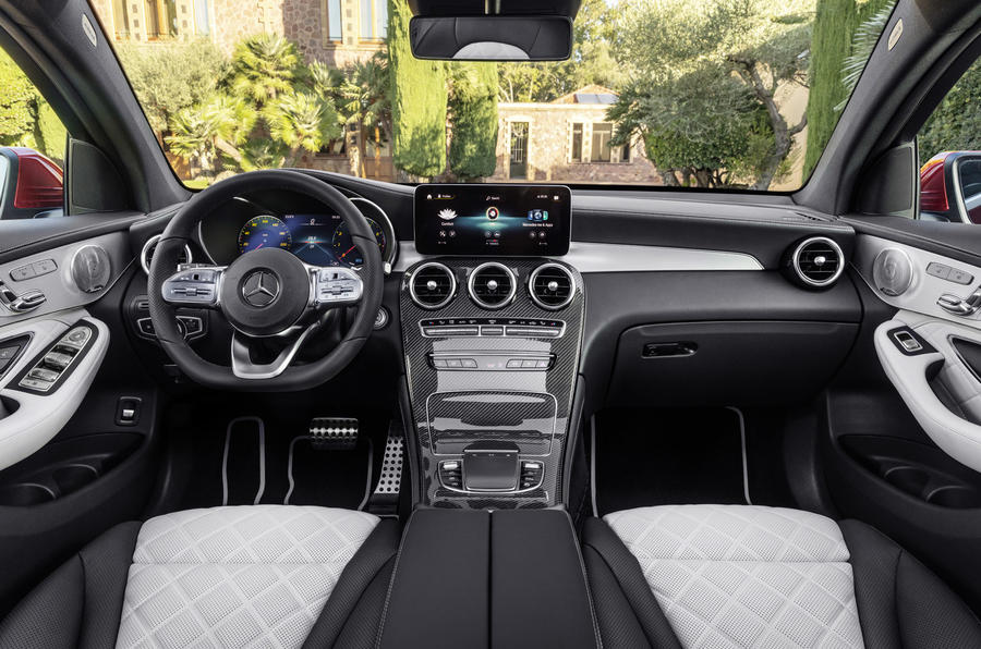 Mercedes GLC Coupe 2019 press - dashboard