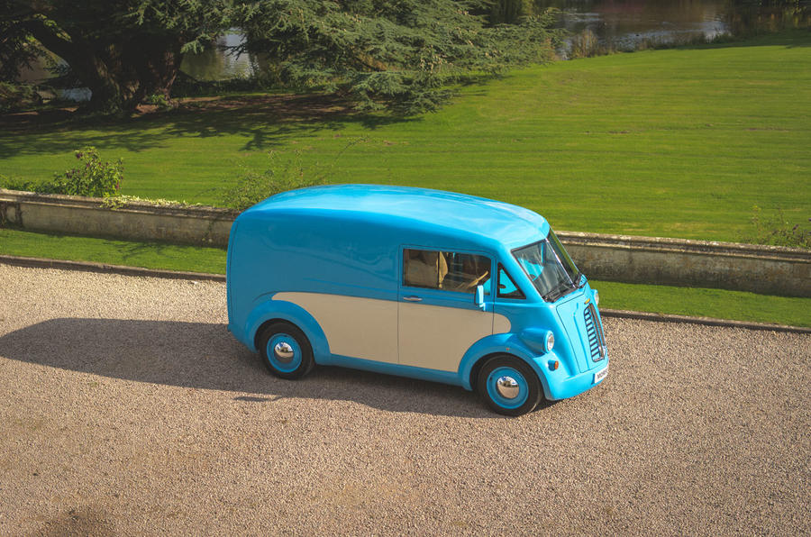 Morris JE electric van official images - static aerial