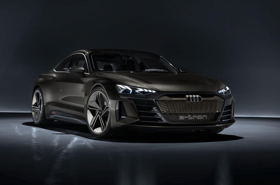 Auto E-tron GT concept official press reveal - static front right
