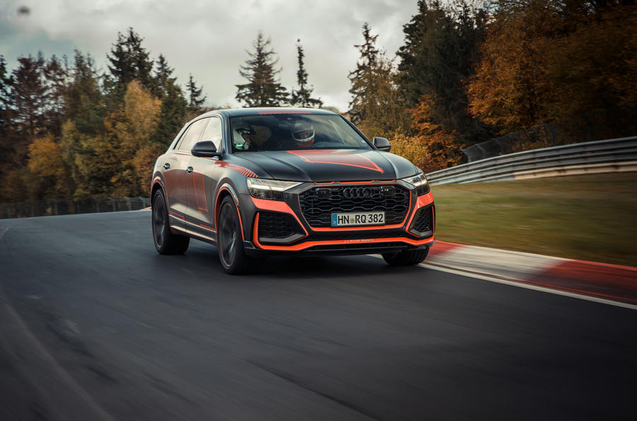 Audi RS Q8 2020 camo ride - track front