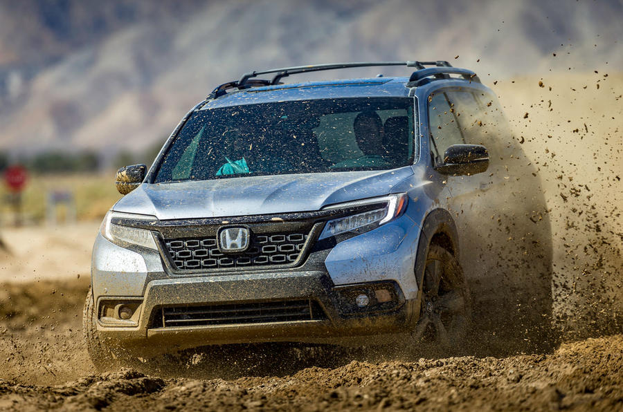 Honda Passport 2018 official reveal - sand