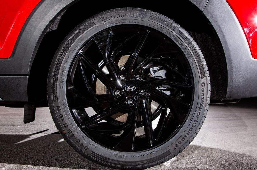 Hyundai Tucson N Line 2019 reveal - alloy wheels