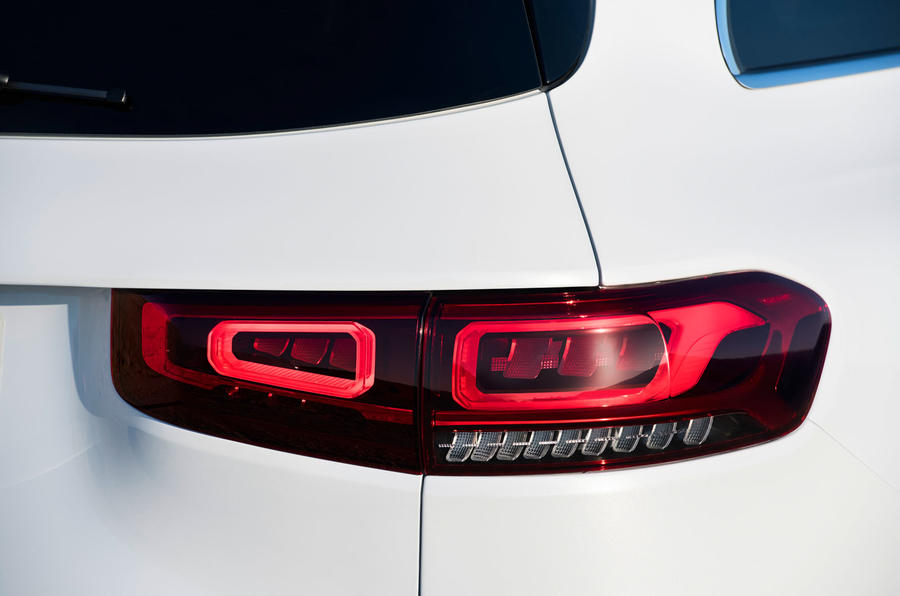 Mercedes-Benz GLB 2019 official reveal - rear lights
