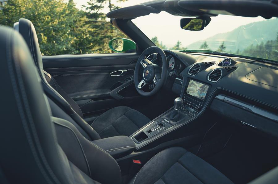Porsche 718 Boxster GTS 2020 official press images - interior