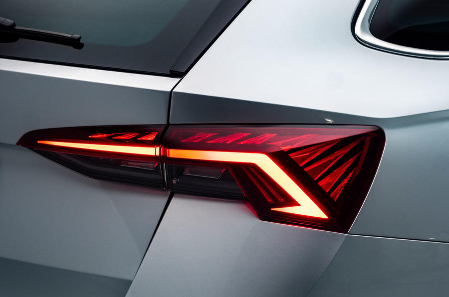 2020 Skoda Octavia estate official studio - rear lights