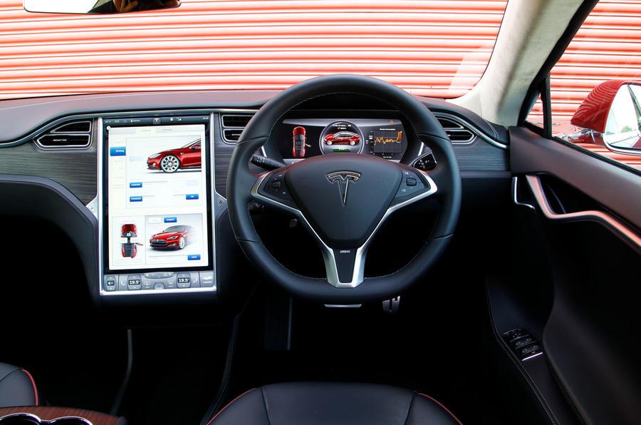 Tesla Model S road test rewind - dashboard