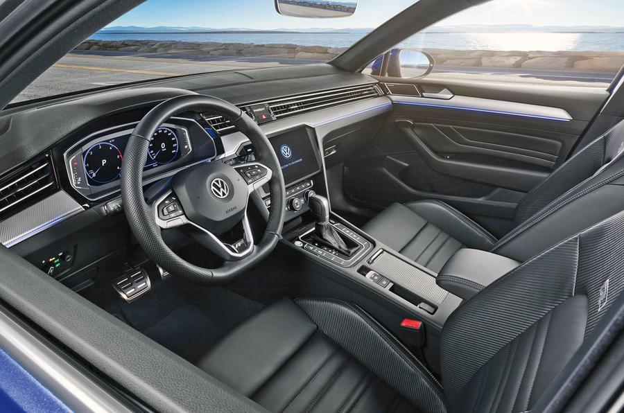 Volkswagen Passat 2019 press - cabin
