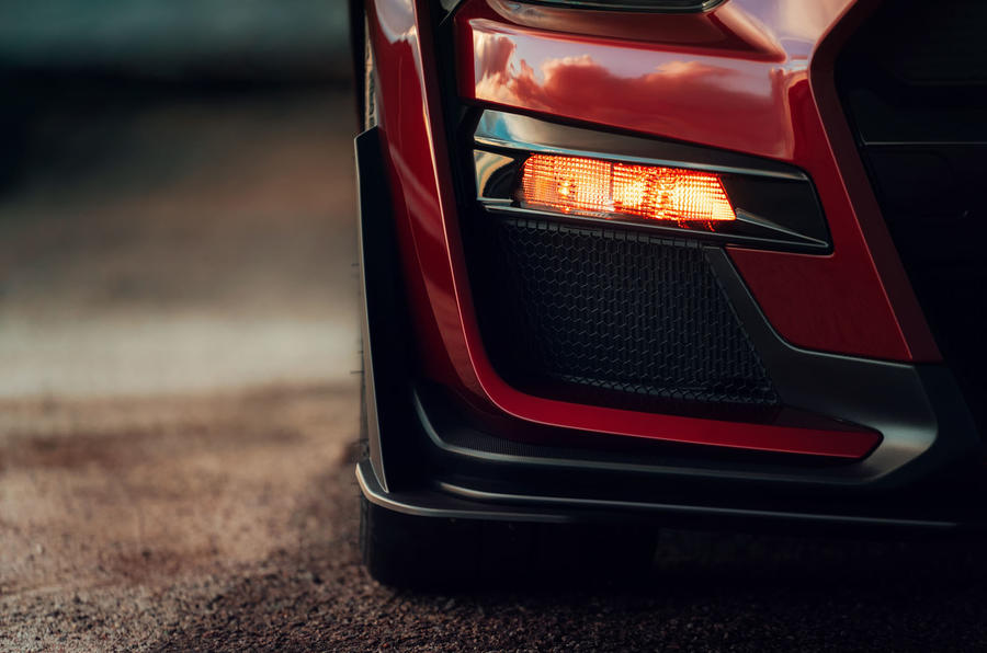 Ford Shelby Mustang GT500 official reveal - front bumper