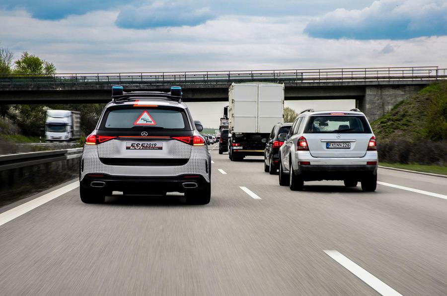 Mercedes-Benz ESF 2019 concept - official press images - traffic alert