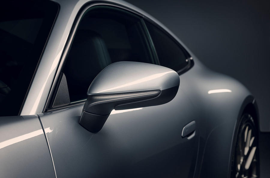 2019 Porsche 911 official reveal - press still wing mirrors