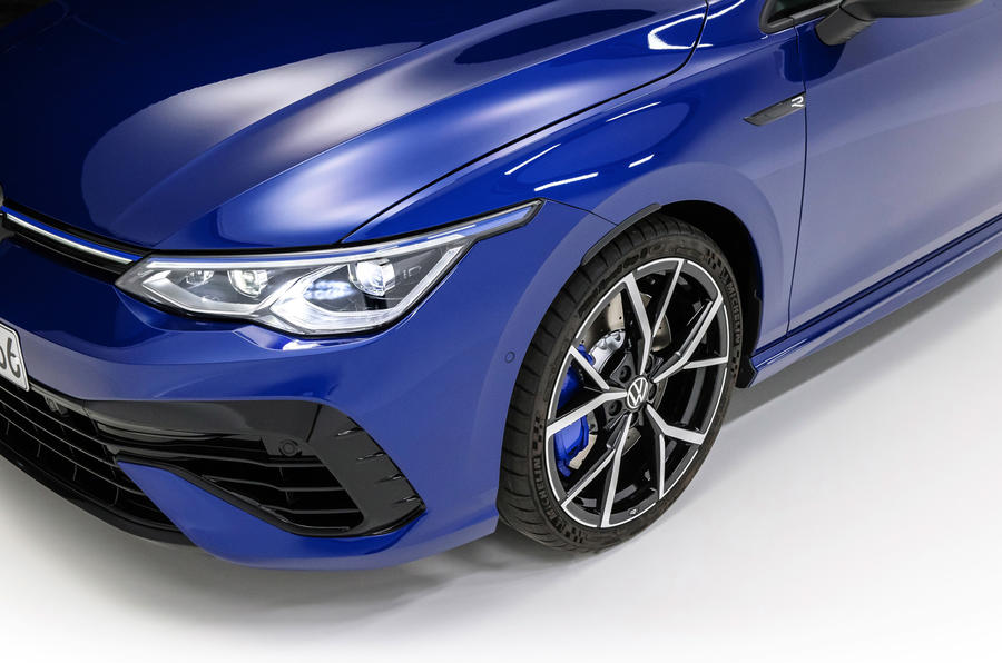 Volkswagen Golf R 2020 official reveal - alloy wheels