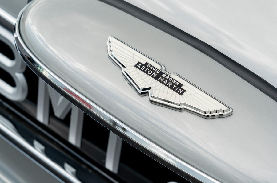 Aston Martin DB5 Goldfinger Continuation nose badge