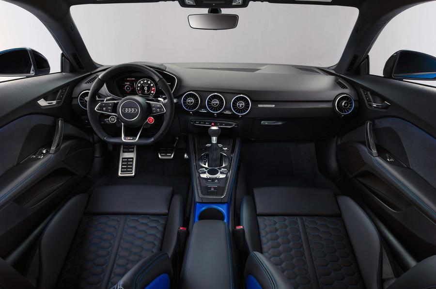 Audi TT RS 2019 facelift - official press images - cabin