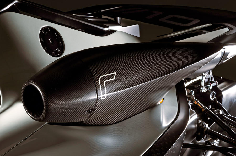 BAC Mono R carbonfibre feature - air intake