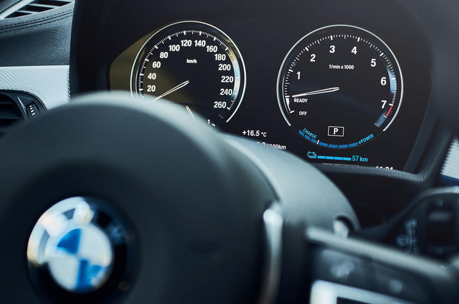 BMW X1 PHEV official press photos - instruments