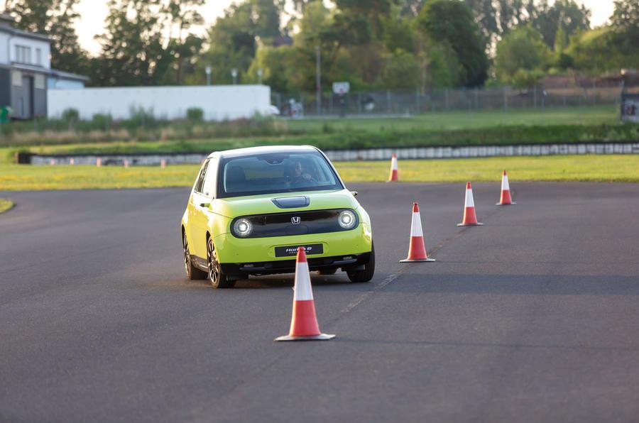 Honda e 2019 prototype drive - cones slalom front left