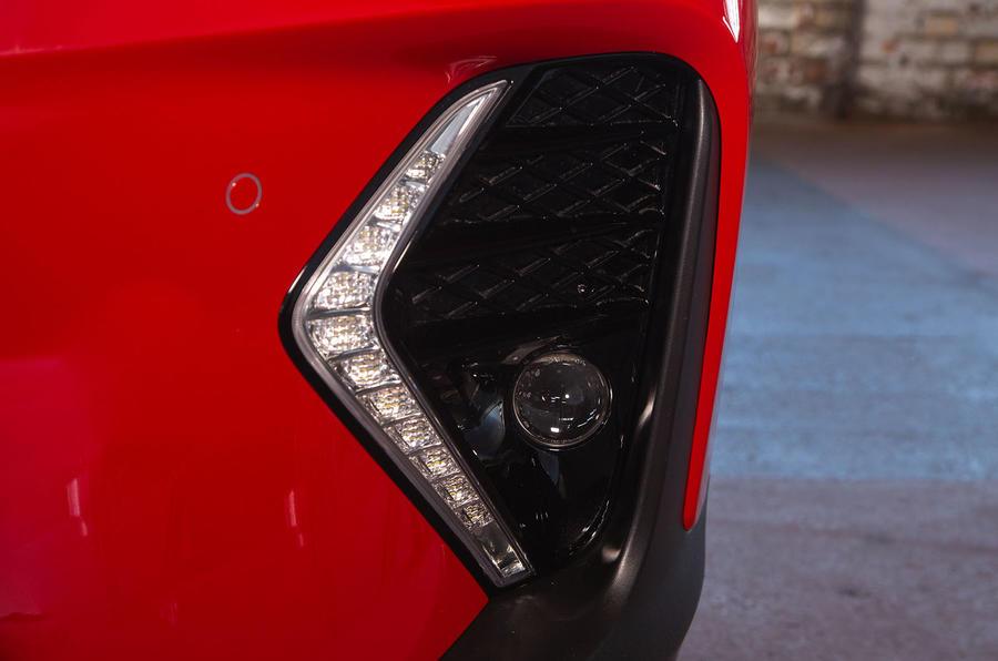 Hyundai Tucson N Line 2019 reveal - daytime running lights