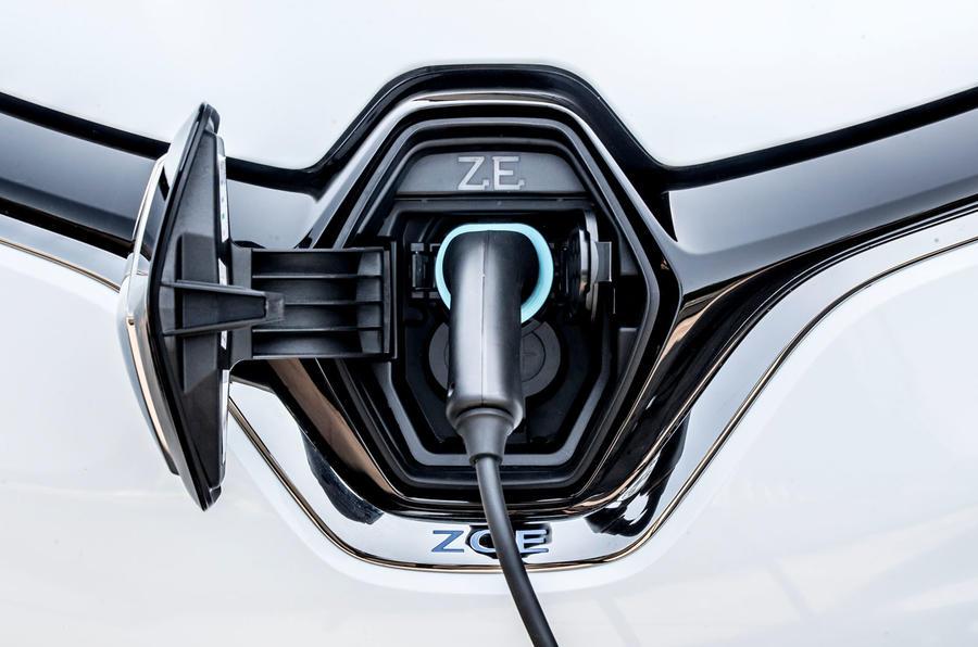 Renault Zoe van 2020 official images - charging port
