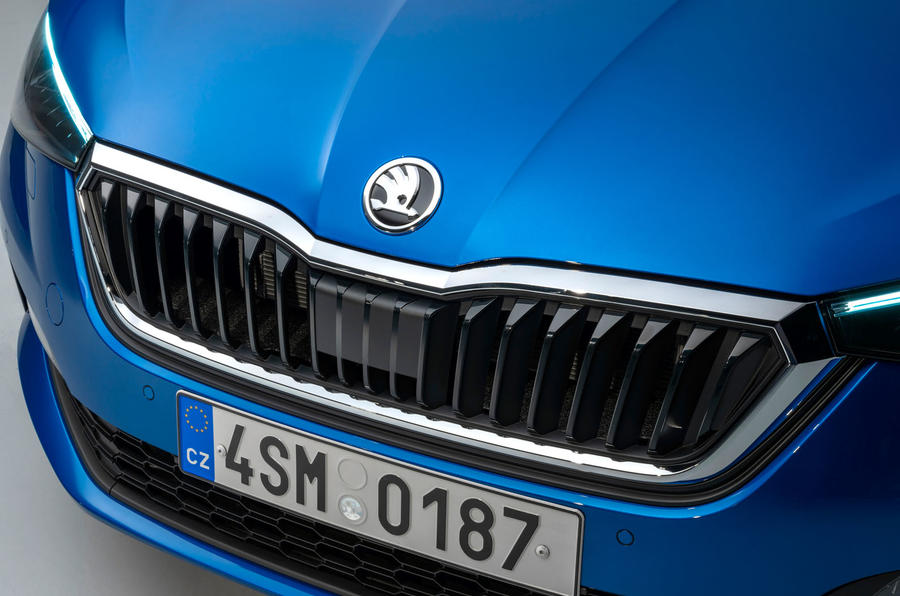 Skoda Scala 2019 official reveal - studio front grille