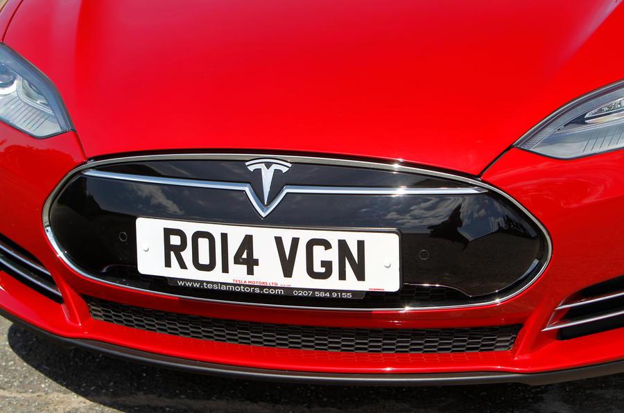 Tesla Model S road test rewind - nose