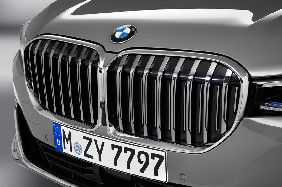 New 2019 Bmw 7 Series Gets X7 Inspired Styling And More