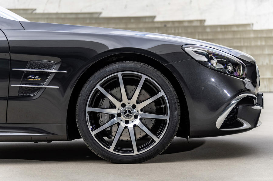 Mercedes SL Grand Edition official press - alloy wheels
